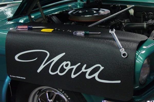 Kotflügelschoner mit - Nova - Logo, Stück