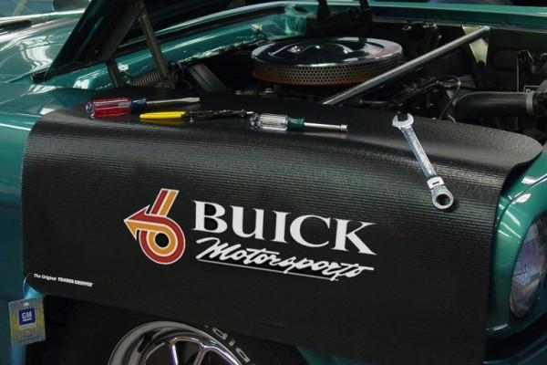 Kotflügelschoner mit - Buick Motorsports - Logo, Stück