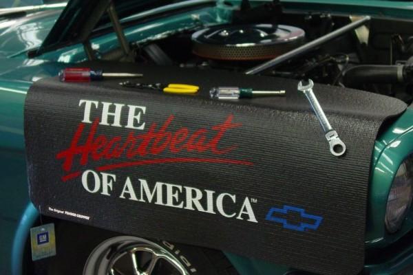Kotflügelschoner mit - The Heartbeat of America - Logo, Stück