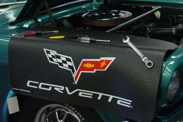 Kotflügelschoner mit - Corvette C6 - Logo, Stück