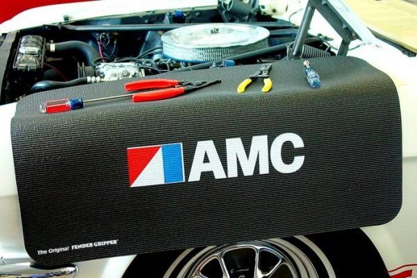 Kotflügelschoner mit - AMC - Logo, Stück